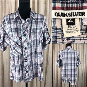 Quicksilver blouse multiple buttons and pockets